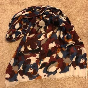 Multi color scarf from Loft, great condition!
